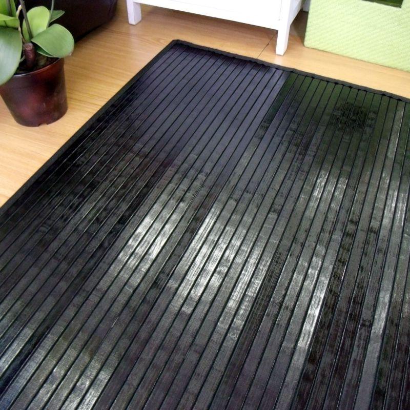 Alfombra de láminas de bambú negra