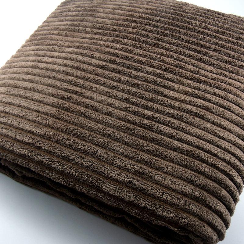 Manta chocolate para sofá