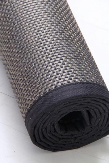 Rollo de alfombra de vinilo