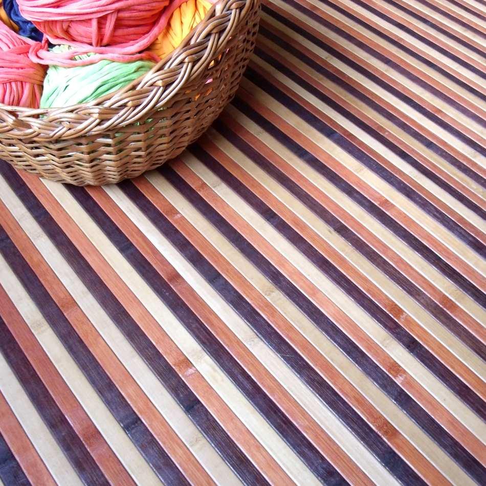 Alfombra de bambú de rayas
