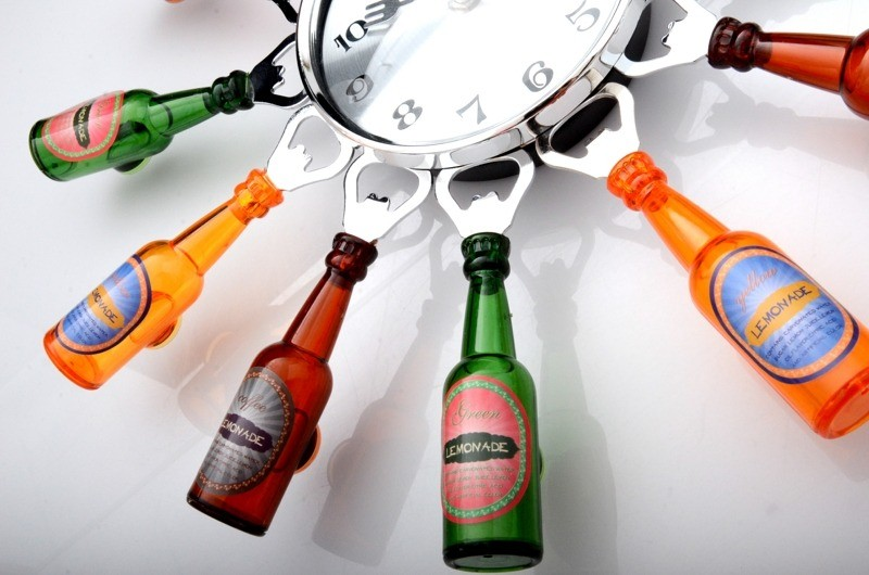 Reloj de cocina de botellas