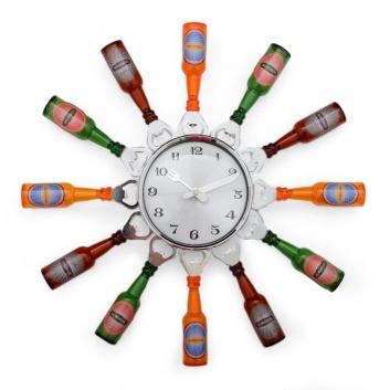 Reloj cocina de botellas