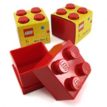 Pequeña cajita Lego