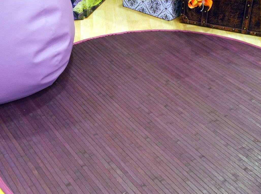 Alfombra lila de bambú