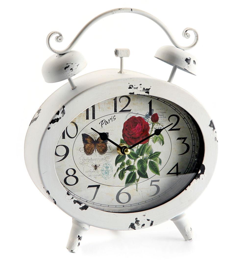 Reloj metálico ovalado