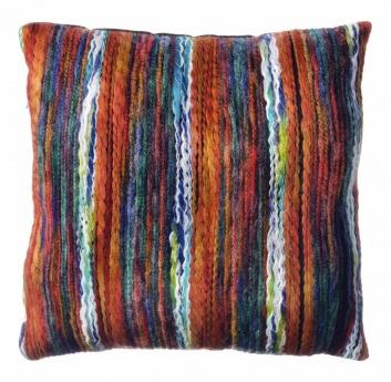 Cojín trenzado con lanas