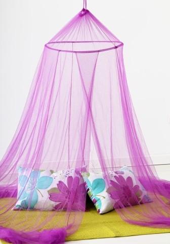 Cortina mosquitera de cama