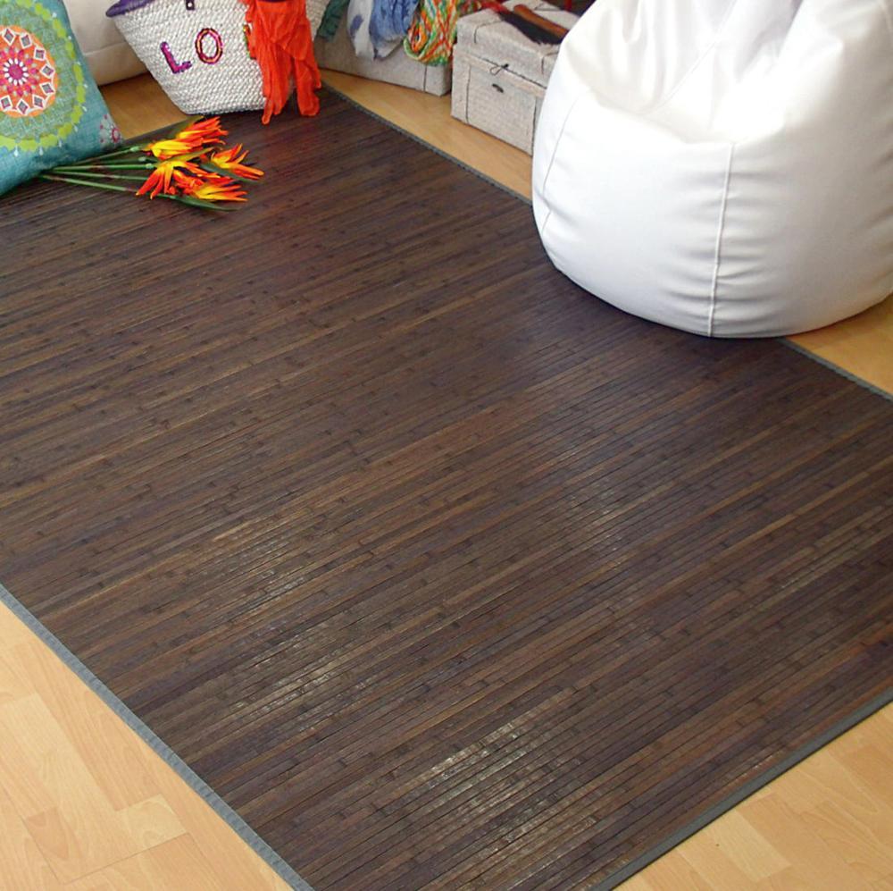 Alfombra de madera gris