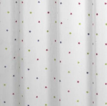 Bordado de estrellas en cortina