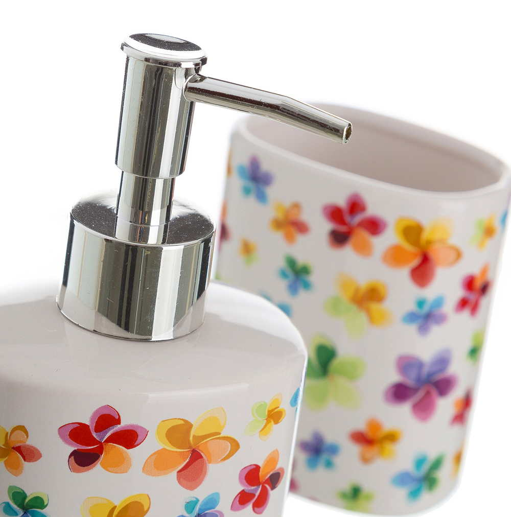 Juego de baño con flores