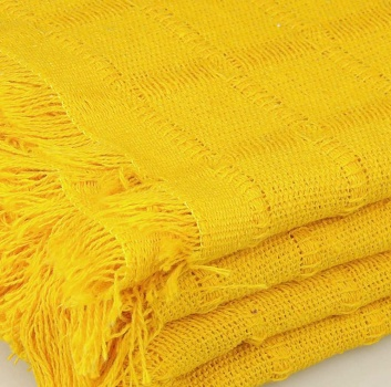 Colcha multiusos amarilla