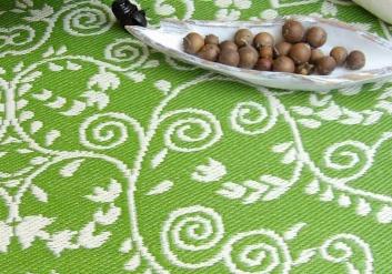 Alfombra reversible verde y blanca