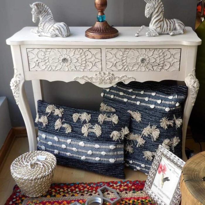 Mueble de recibidor blanco